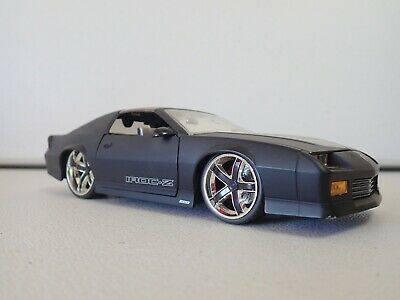 ماکت فلزی شورلت کامرو جادا مدل (IROC-Z) (5)