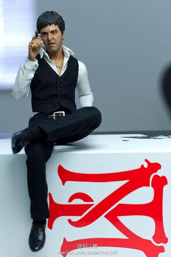 اکشن فیگور فوق العاده از تونی مونتانا ( ال پاچینو صورت زخمی وار ورژن ) (5)