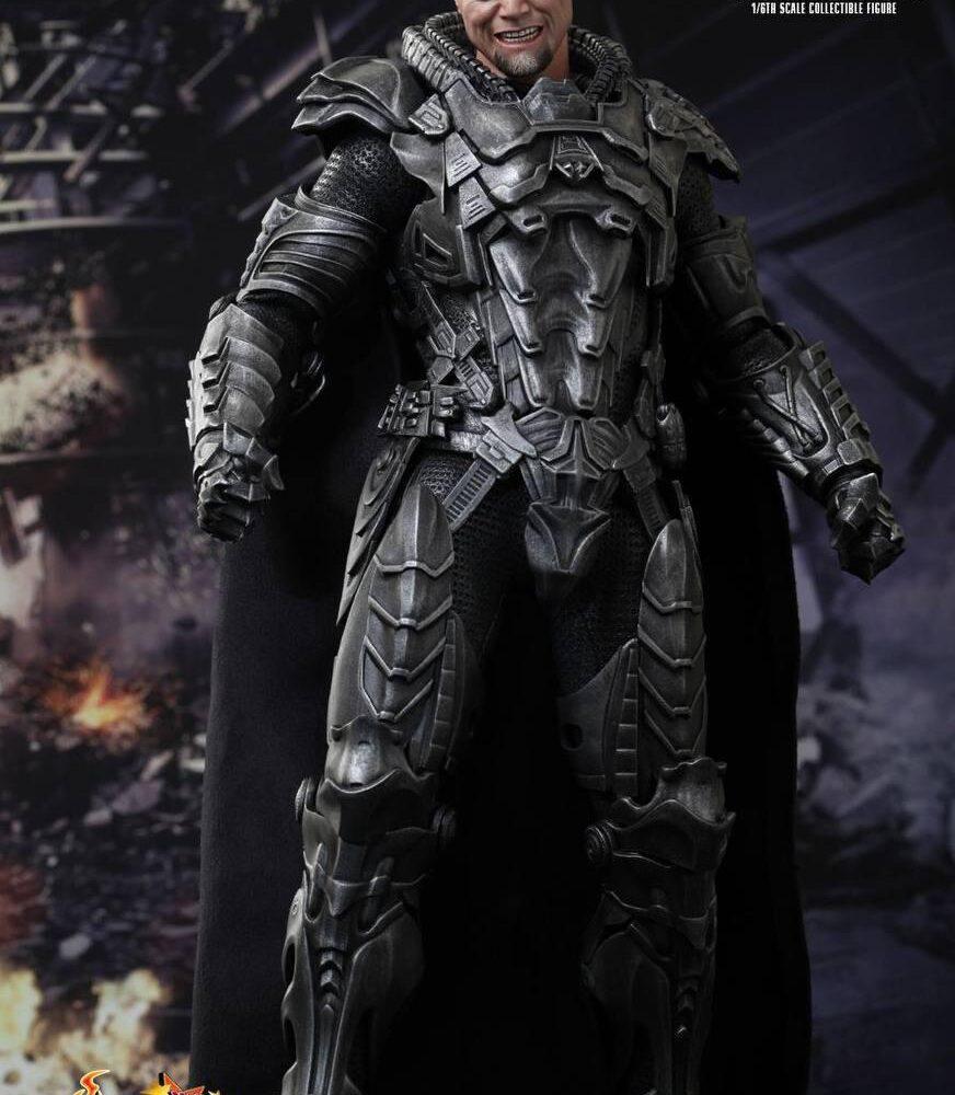 اکشن فیگور ژنرال زاد – مایکل شنون (سوپرمن) (1)