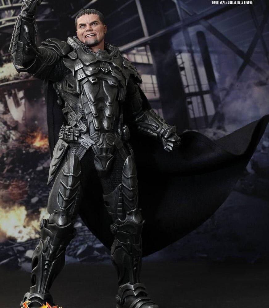 اکشن فیگور ژنرال زاد – مایکل شنون (سوپرمن) (12)