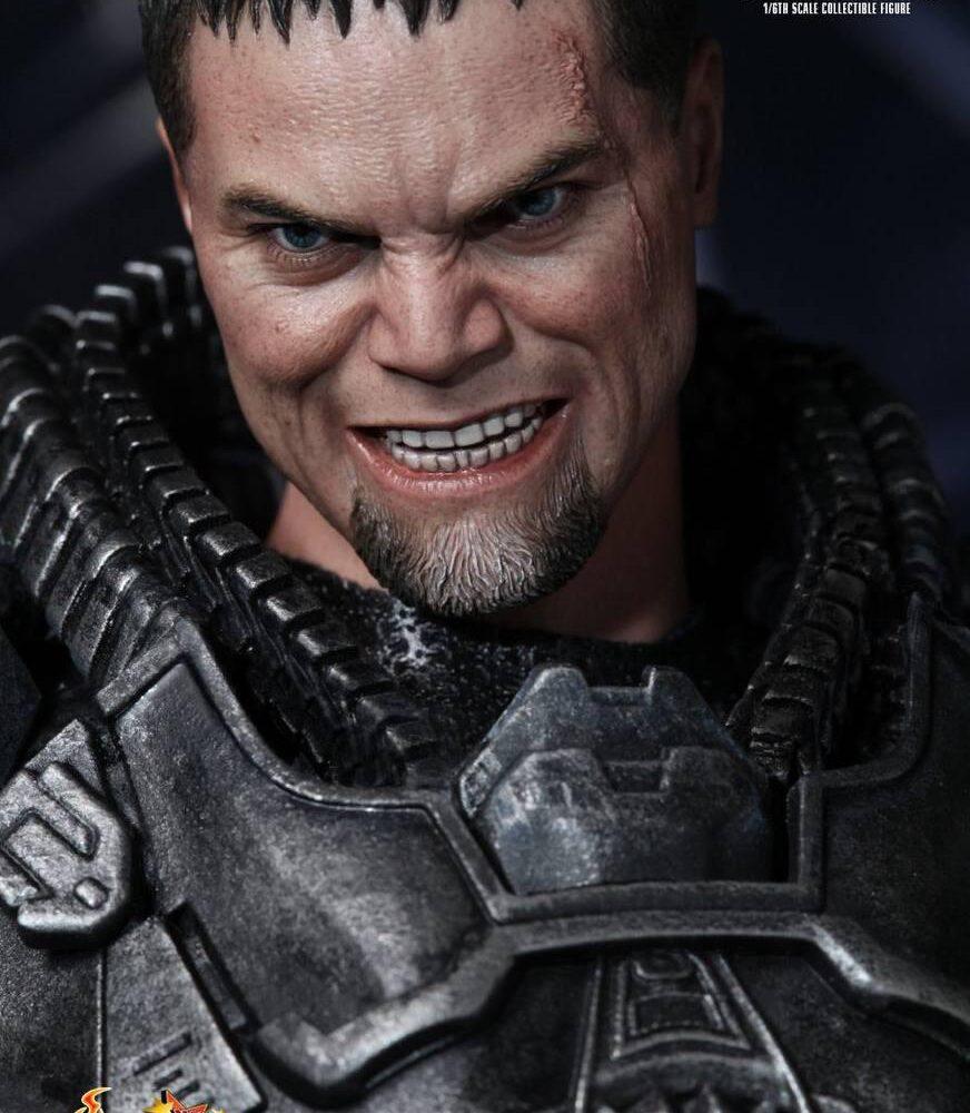 اکشن فیگور ژنرال زاد – مایکل شنون (سوپرمن) (7)