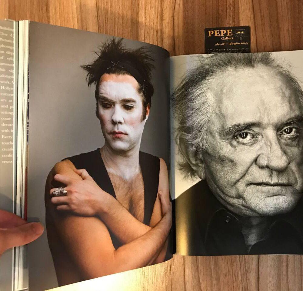 فوتوبوک ارزنده و فوق العاده از پرتره های عکاس مشهور آلمانی مارتین شولر. ( پرتره های سوپراستار ها ، خوانندگان ، افراد مشهور ) (14)